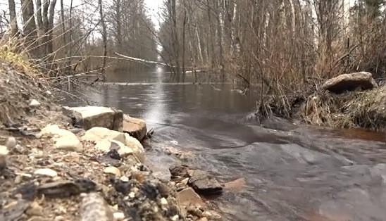 Kurzemes upēs strauji kāpj ūdens līmenis