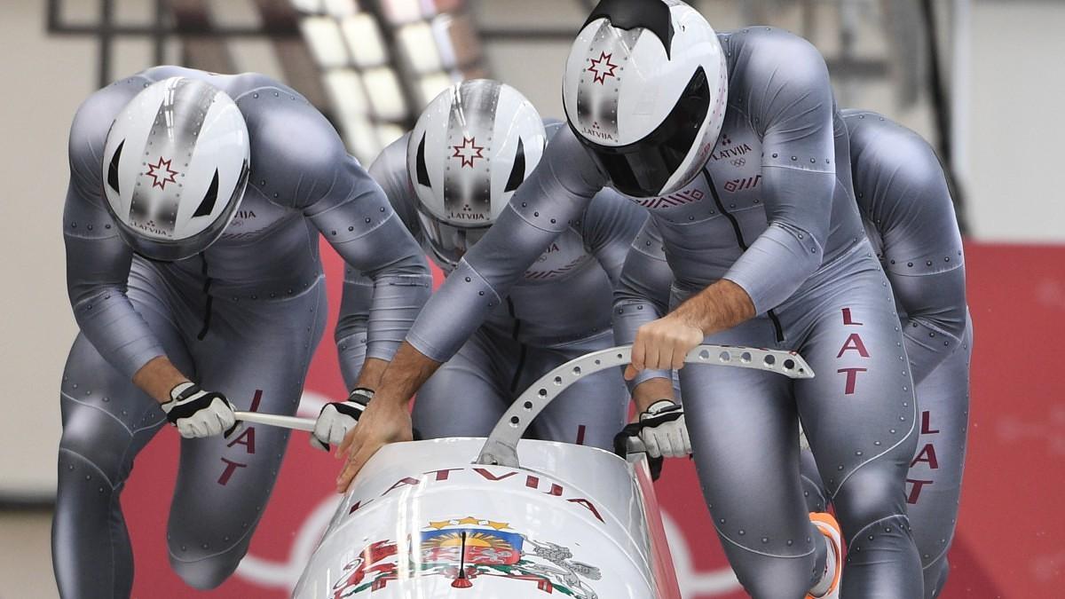 Četrinieku ekipāža izcīna otro vietu Pasaules kausa posmā