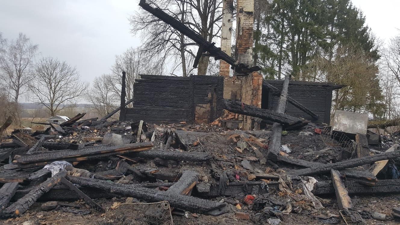 Kazdangas pagastā ugunsgrēkā bojā gājis cilvēks