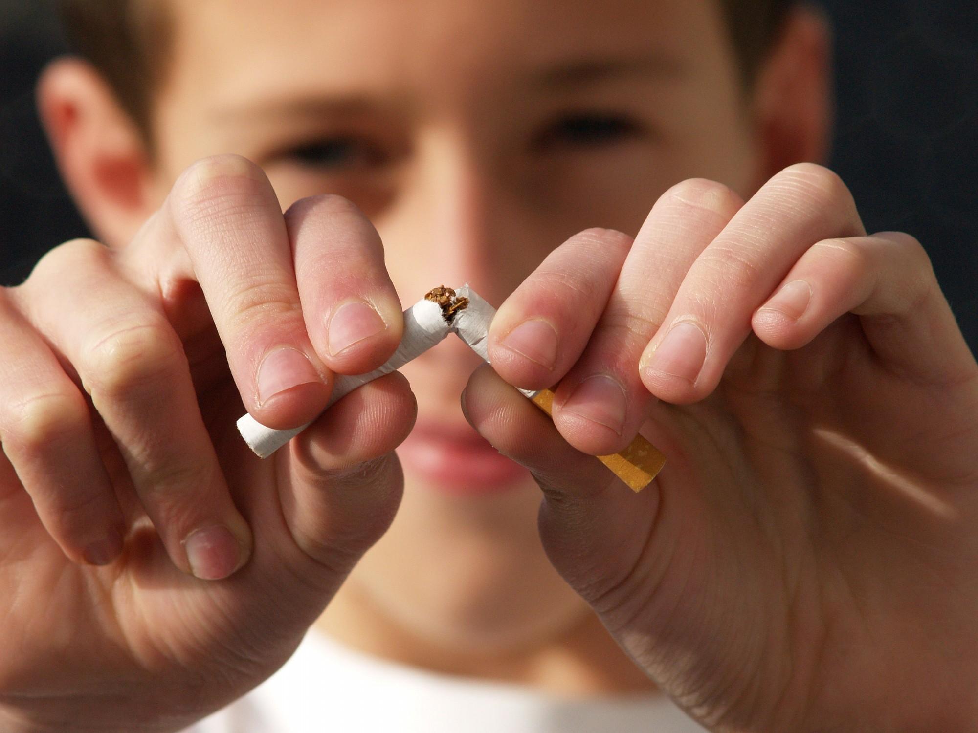 Izglītos vecākus par smēķēšanas novēršanu jauniešu vidū
