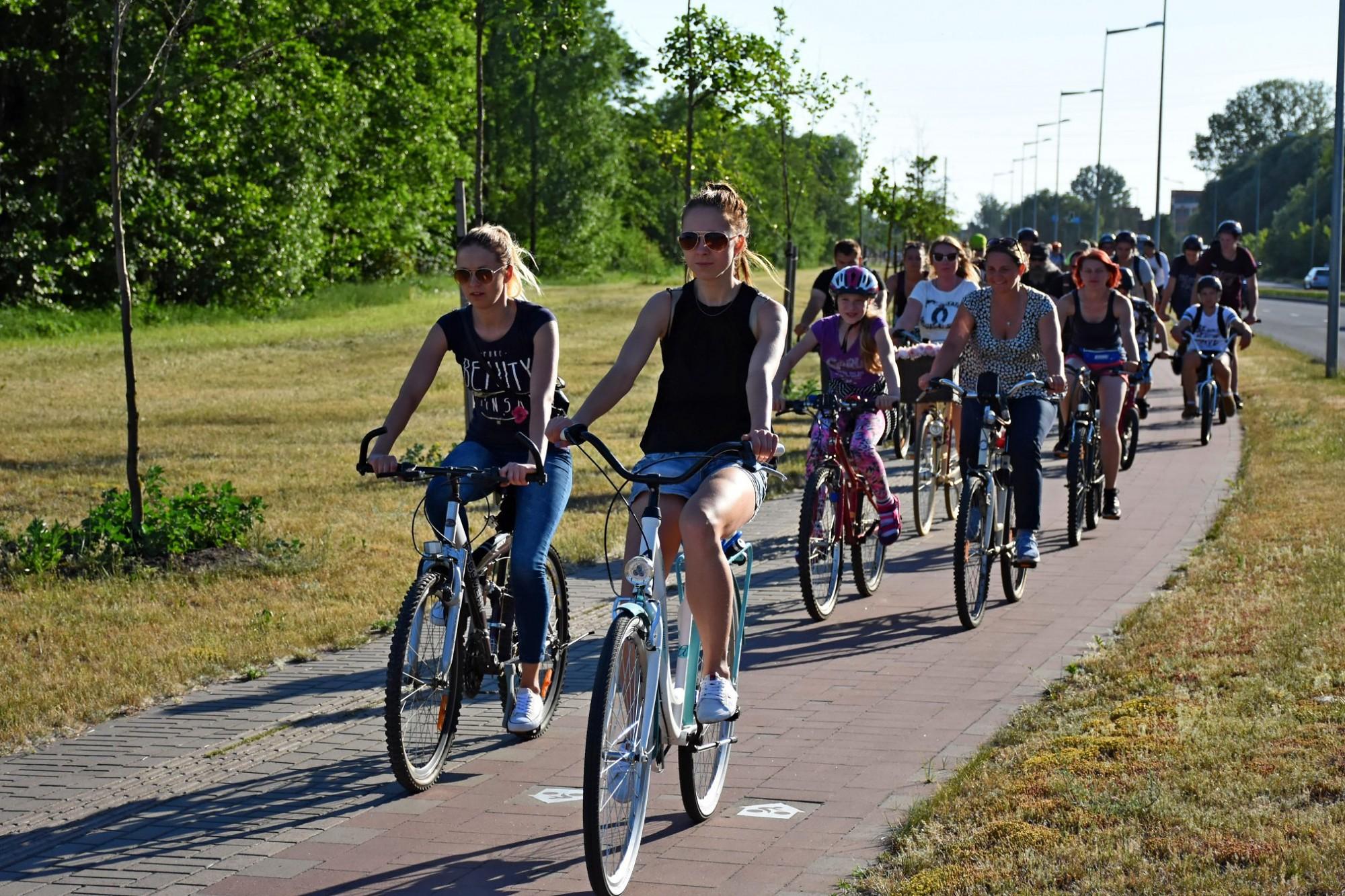 Atklās riteņbraukšanas aktīvo sezonu