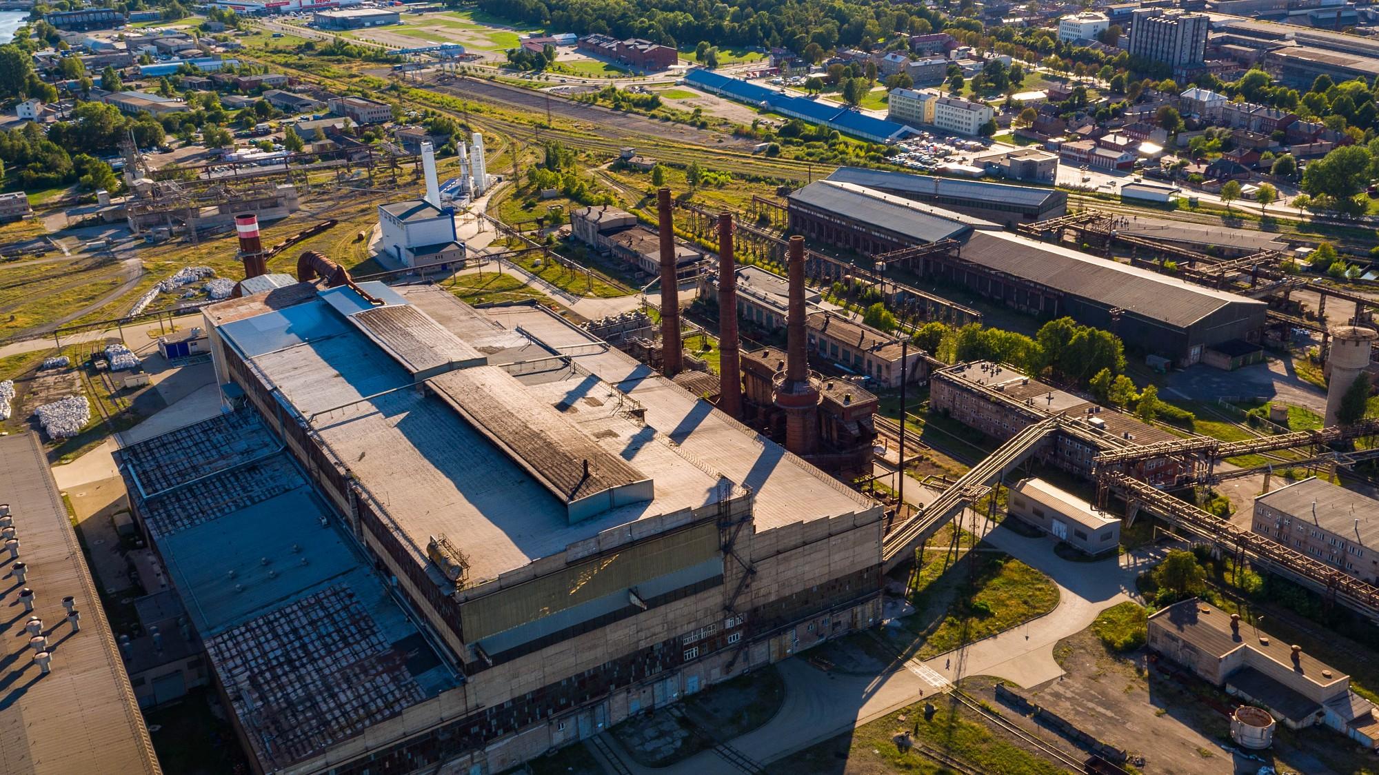 """Valdība skatīs rosinājumu par industriālā parka attīstīšanu bijušā """"KVV Liepājas metalurgs"""" teritorijā"""