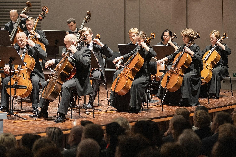 Liepājas Simfoniskais orķestris koncertēs ar pasaulē atzītiem mūziķiem