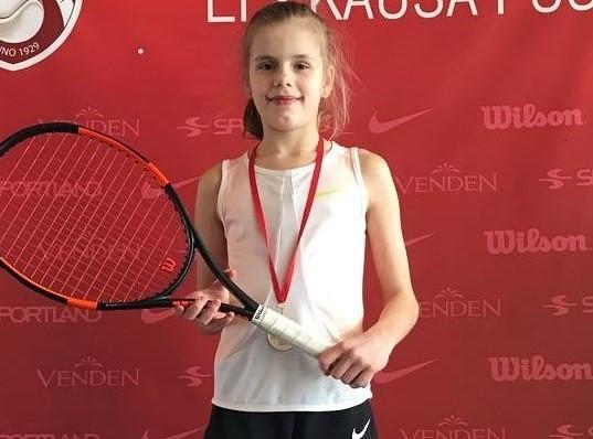 Liepājas Tenisa sporta skolas audzēkņi izcīna vairākas medaļas