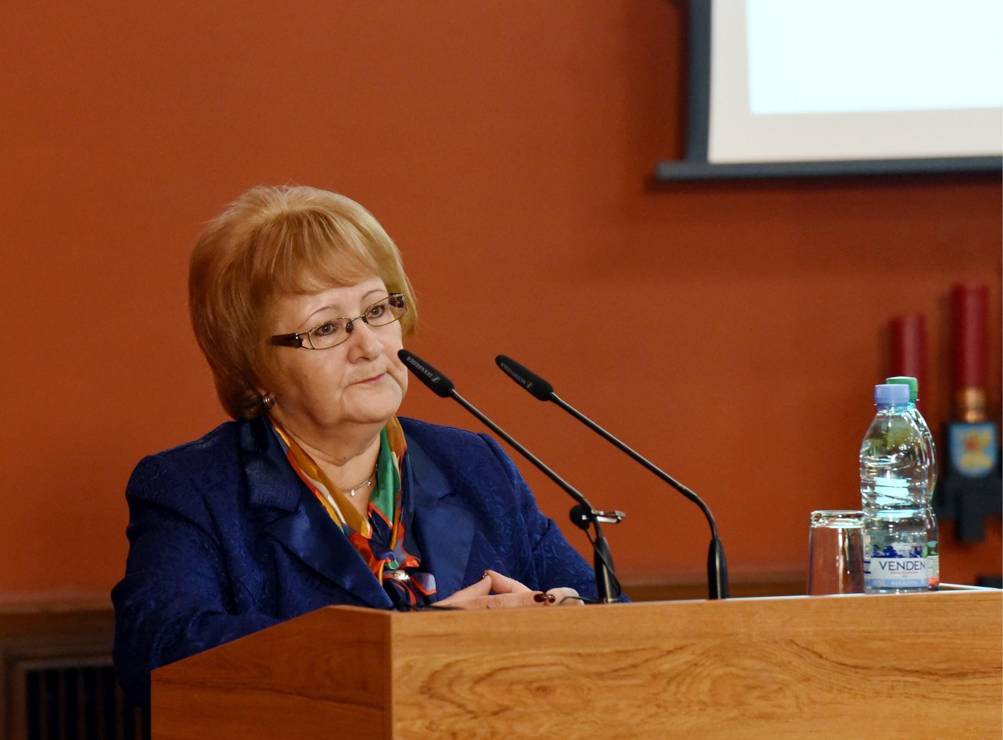 Papildināts – Turpmāk Pensionāru federāciju vadīs bijusī Saeimas deputāte Aija Barča