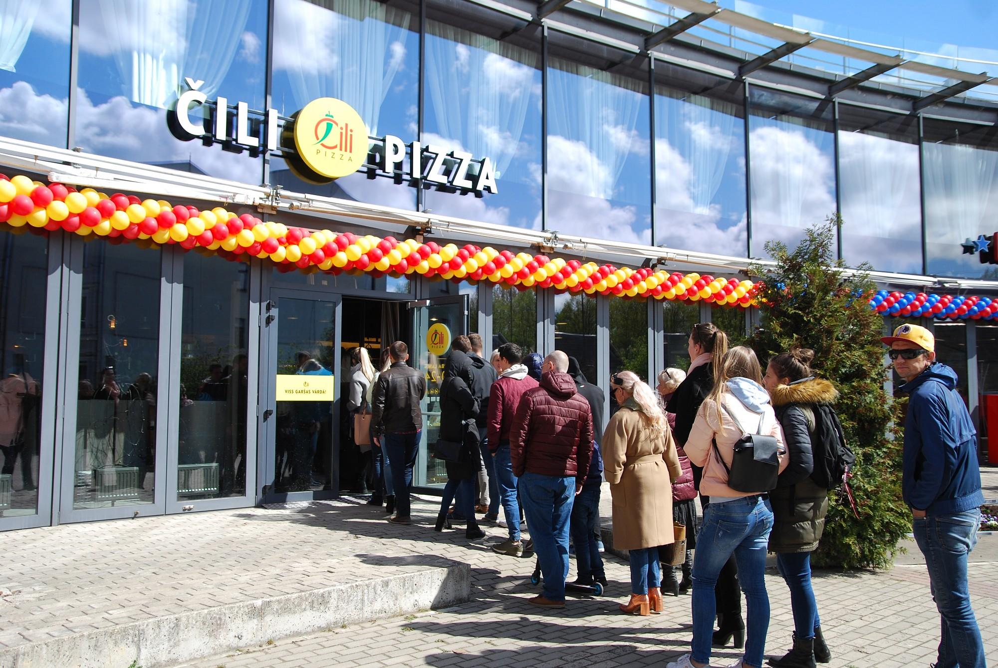 """Papildināts – Atklāj ātrās ēdināšanas restorānu """"Hesburger"""" un picēriju """"Čili Pizza"""""""