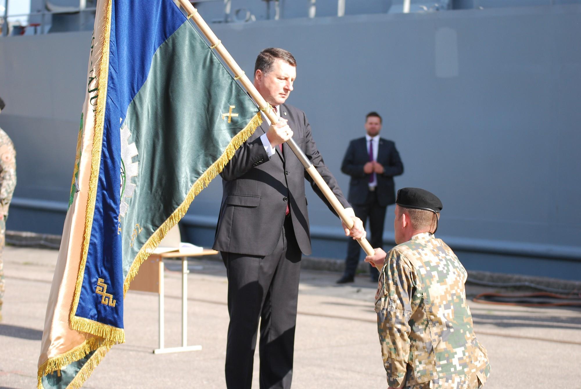 1.Reģionālā nodrošinājuma centrs tiek pie karoga, pirmo naglu iedzen prezidents