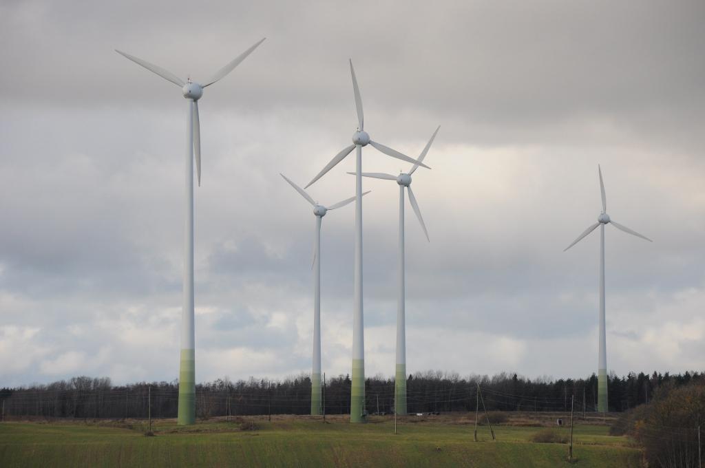 Atgriežas pie plāna Liepājā būvēt vēja elektrostacijas