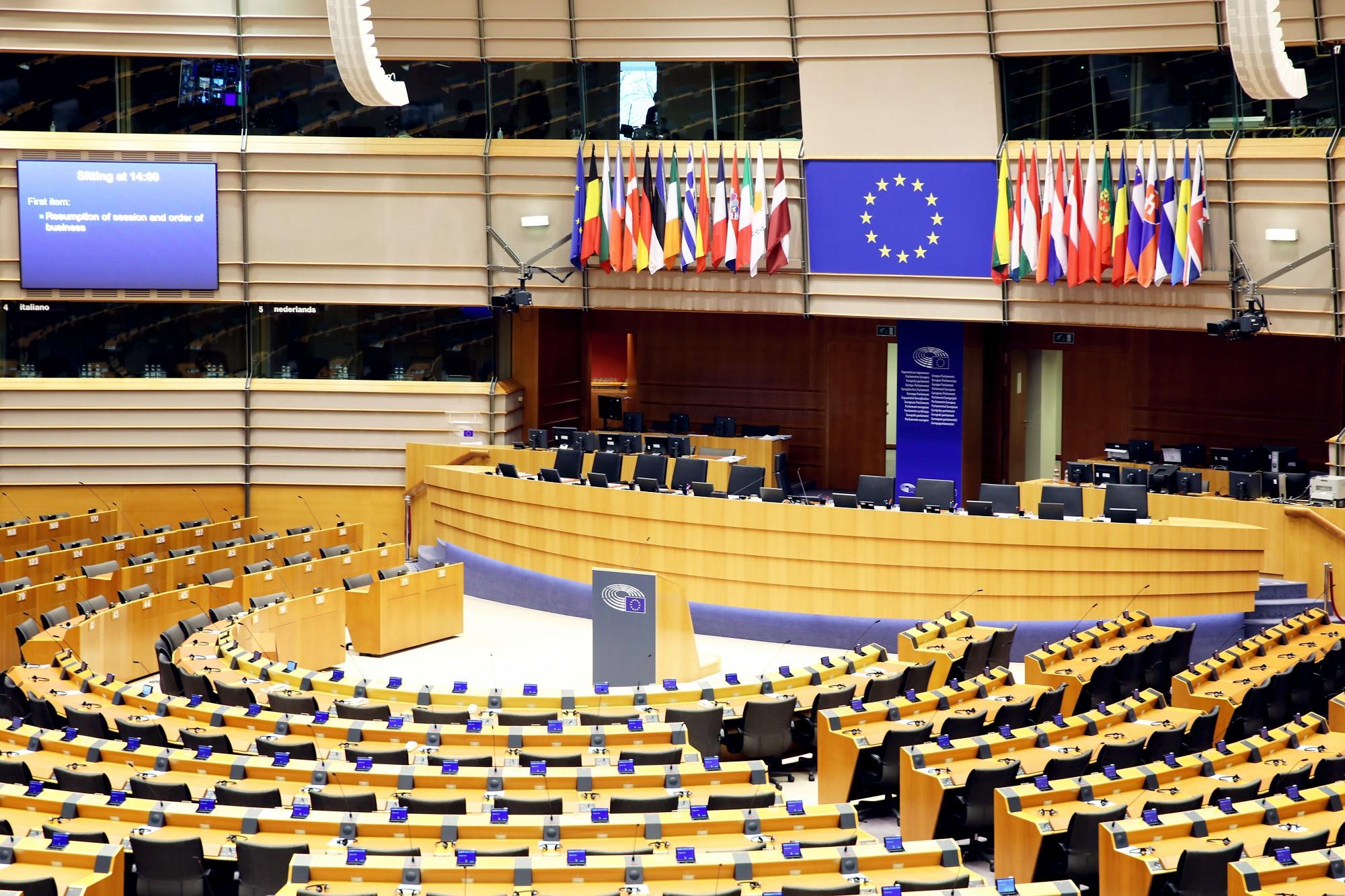 """Pa diviem EP deputāta mandātiem varētu iegūt JV, """"Saskaņa"""" un VL-TB/LNNK"""