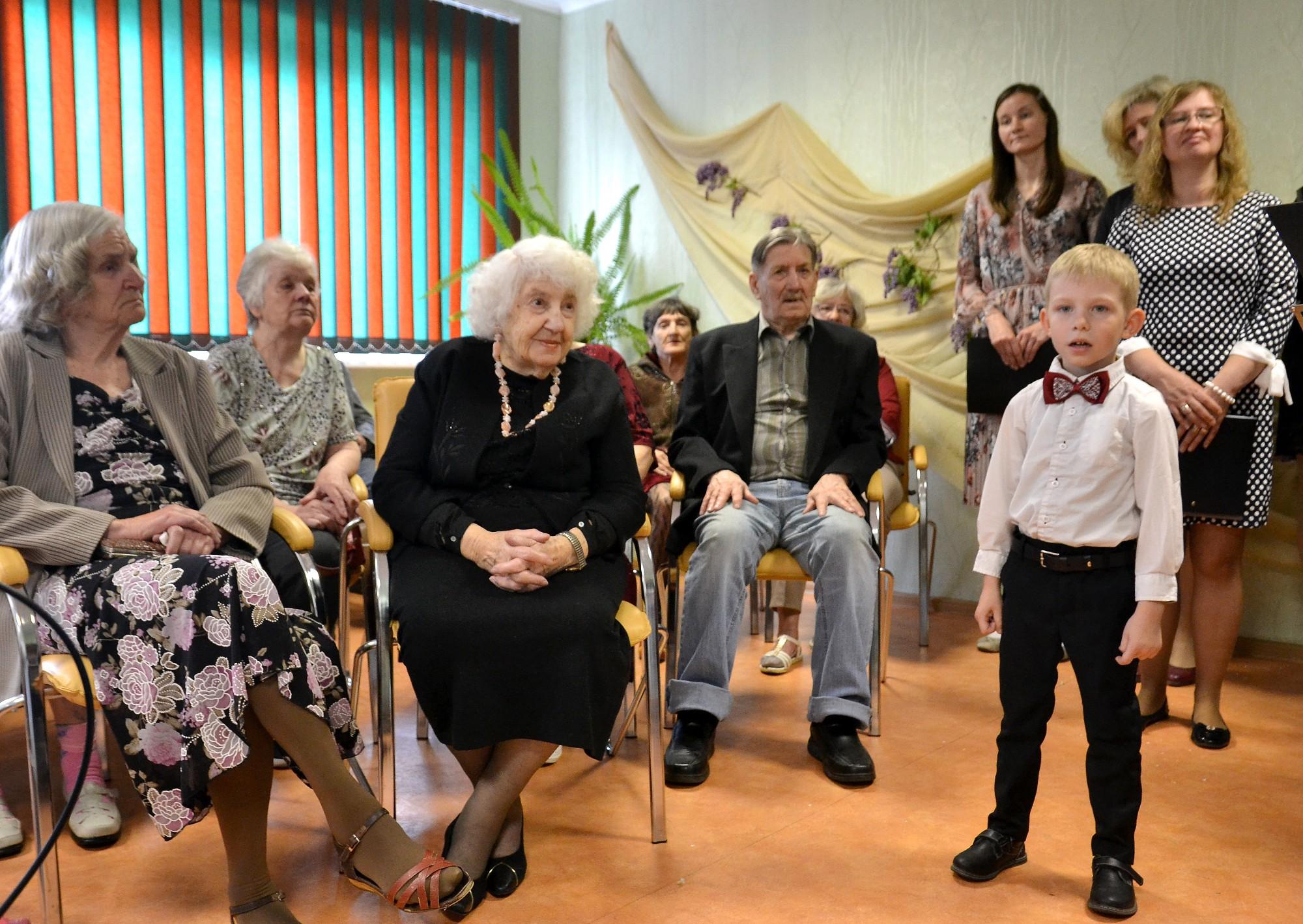 Svētki vecajiem ļaudīm