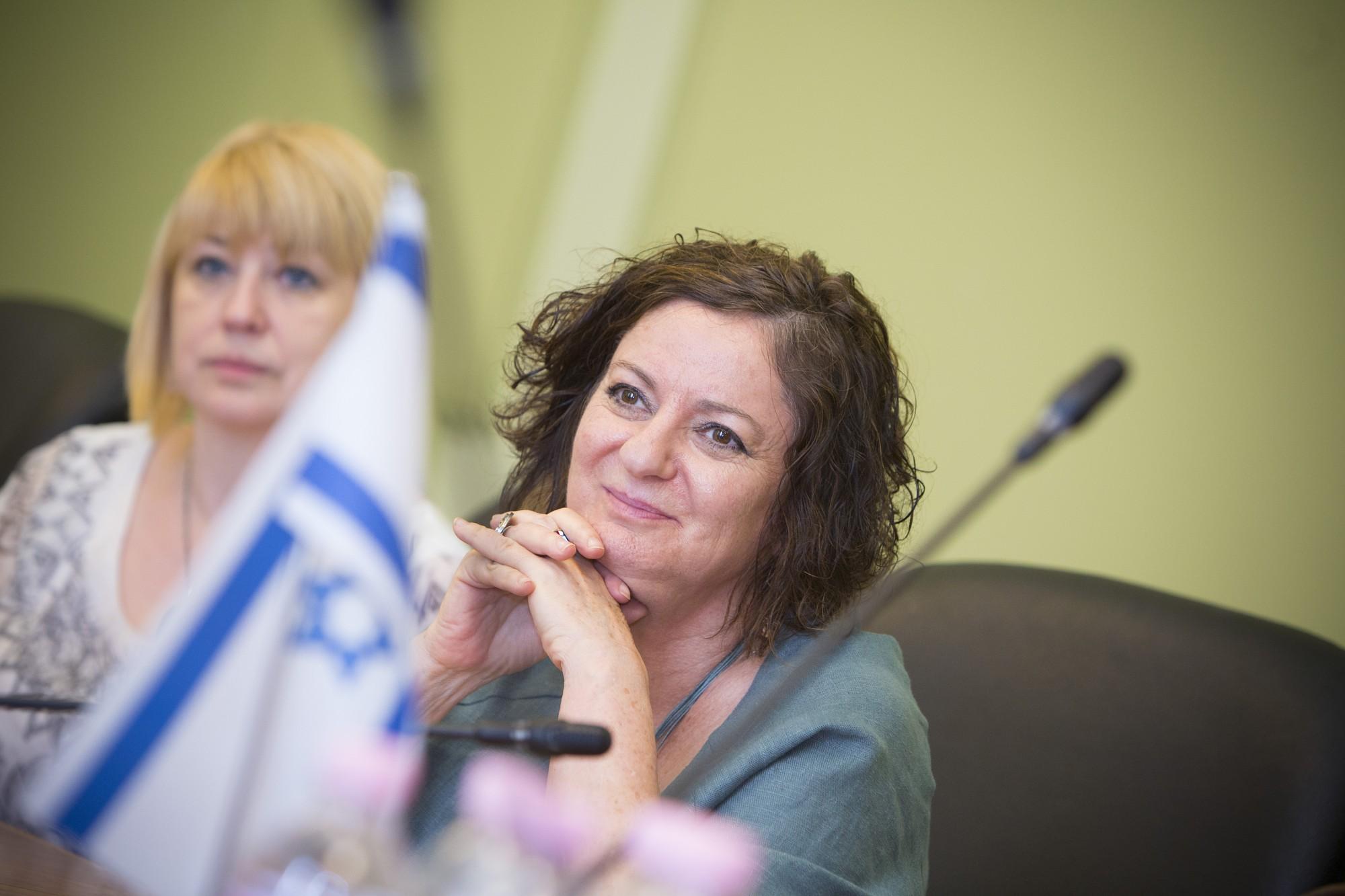 Liepāju atvadu vizītē apmeklē Izraēlas vēstniece