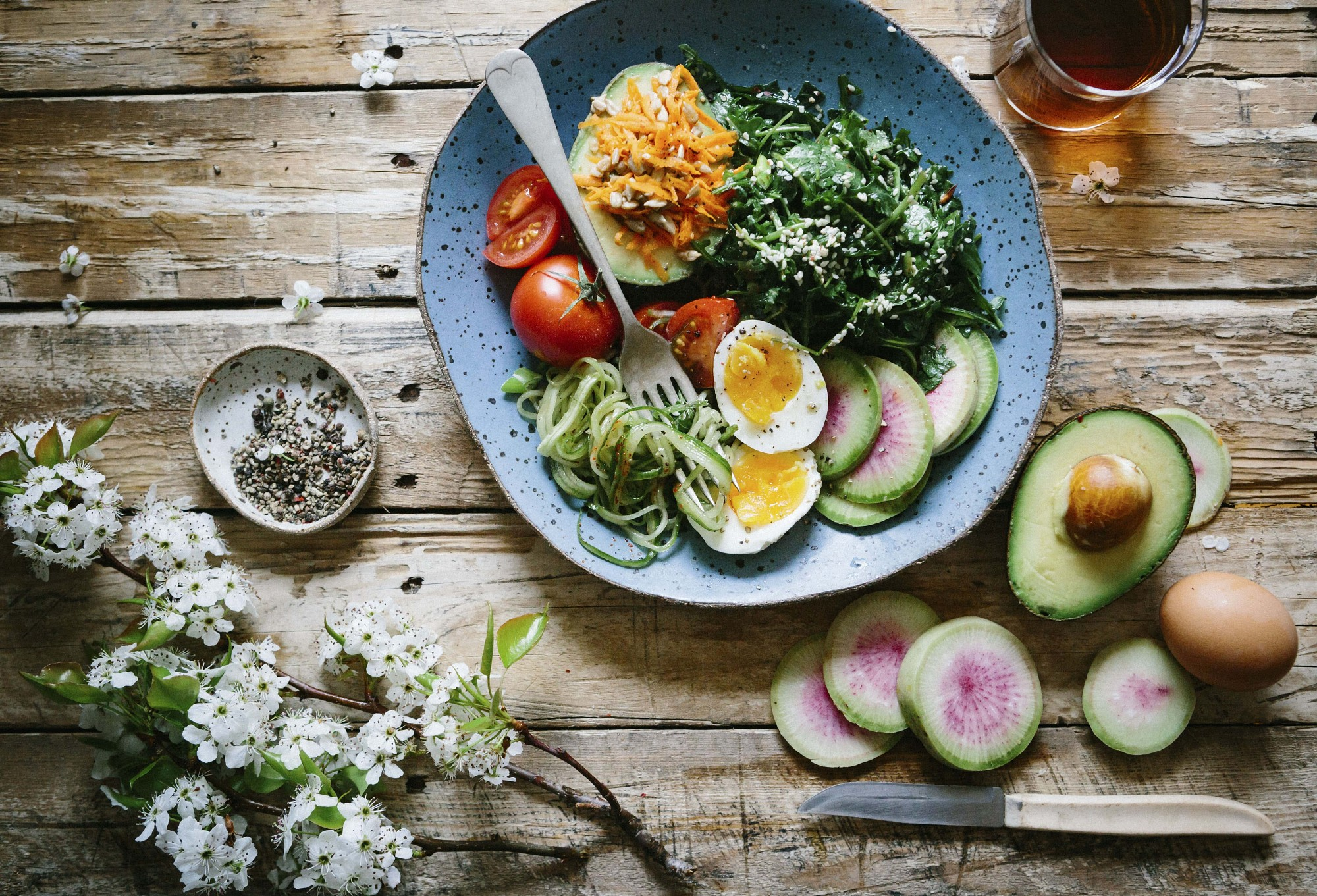 Bērnu aprūpes iestāžu darbiniekus apmācīs par veselīgu uzturu