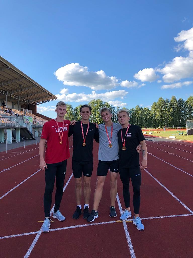 Latvijas čempionātā vieglatlēti izcīna 20 medaļas