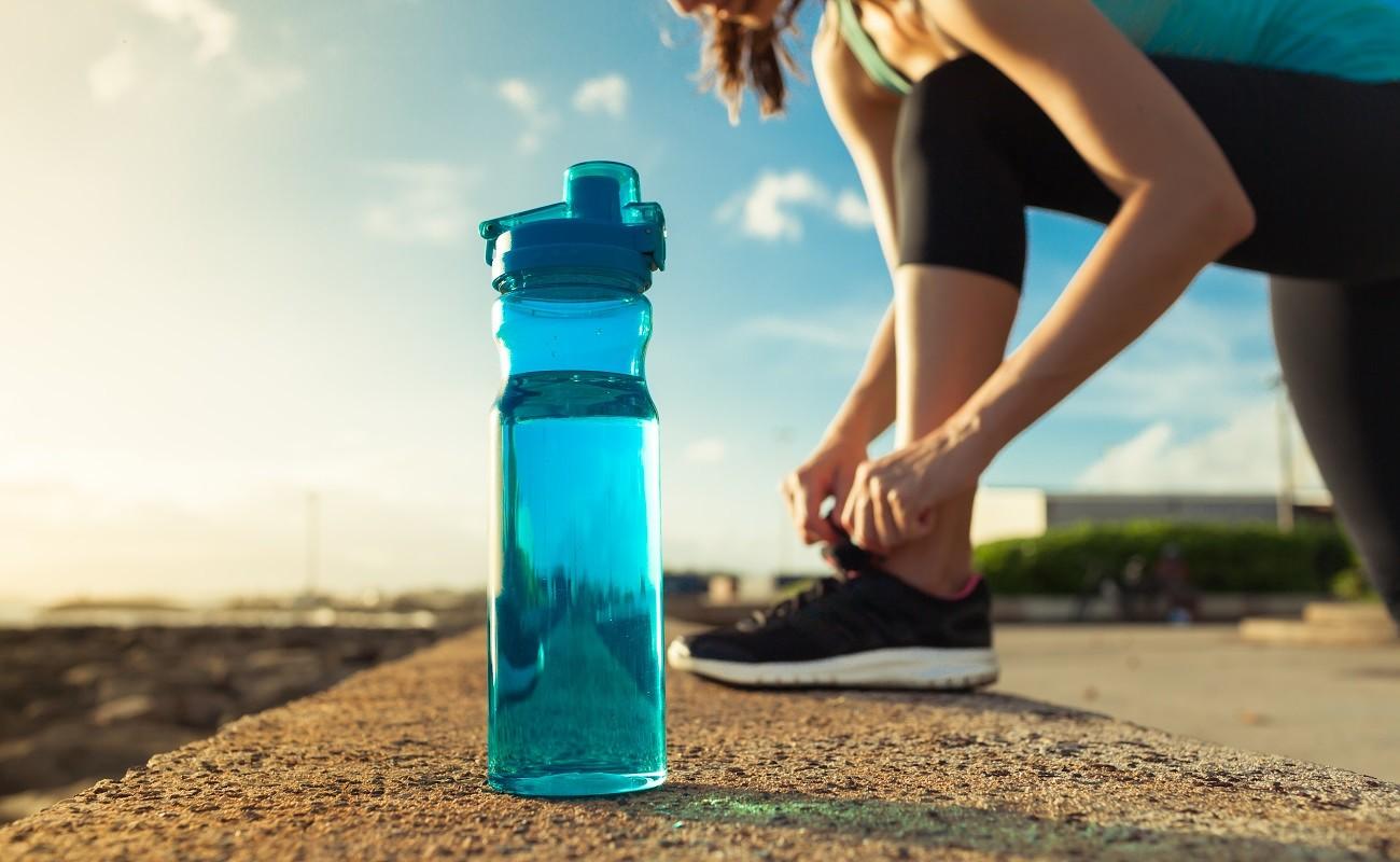 Sportojam tveicē – ūdens, apģērbs, slodze
