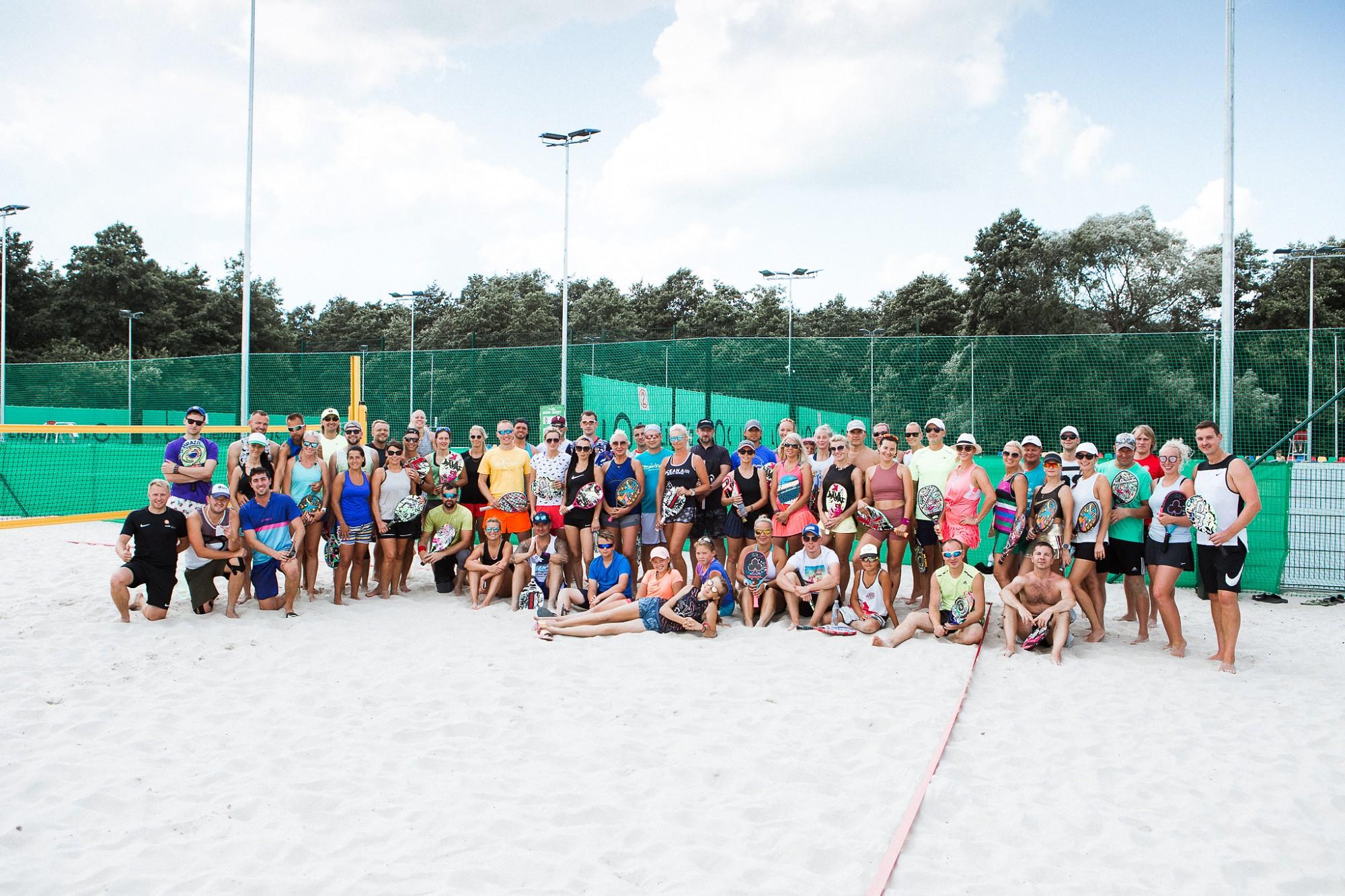 Liepājā noslēdzies starptautiskais pludmales tenisa turnīrs amatieriem