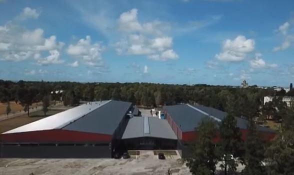 Karostas Industriālajā parkā atklāta pirmā ražotne