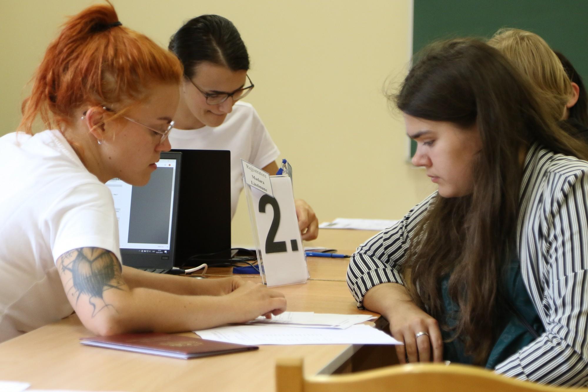 Jaunieši izvēlas pedagoģiju un IT