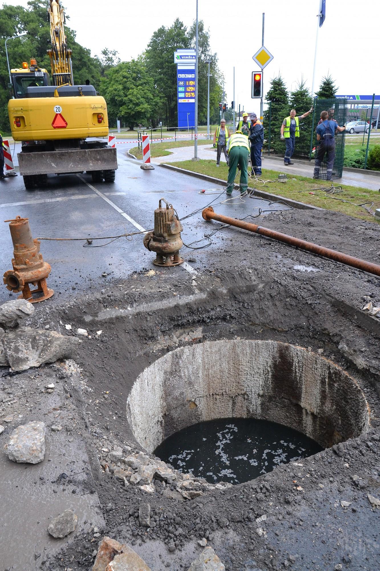 Kanalizācijas kolektora avārijas dēļ liepājniekus aicina samazināt ūdens patēriņu