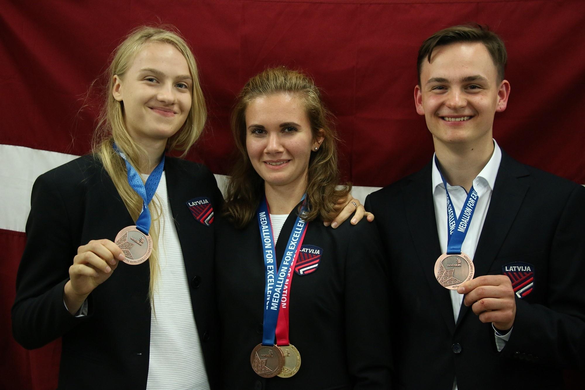 """Papildināts – Konkursā """"WorldSkills"""" liepājniece Luīze Mihailova uzrāda ceturto labāko rezultātu"""