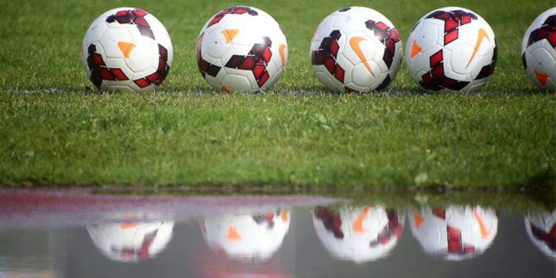 """""""Grobiņas SC"""" futbolisti pārspēj Smilteni un izcīna ceturto uzvaru pēc kārtas"""