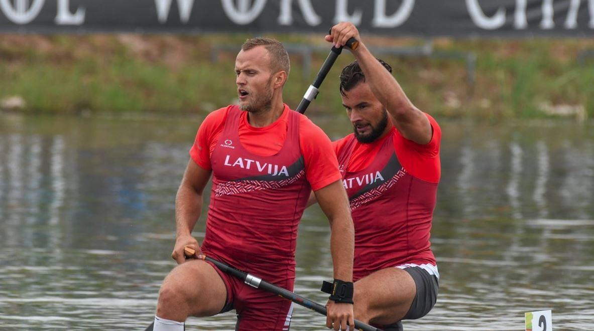 Kanoe airētāji Aivis Tints un Gatis Pranks iekļūst PČ pusfinālā