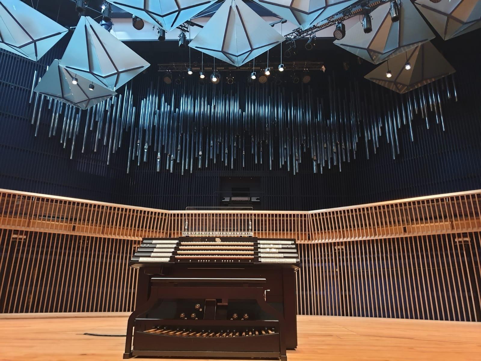 "Koncertzāle ""Latvija"" lepojas ar perfektu akustiku"