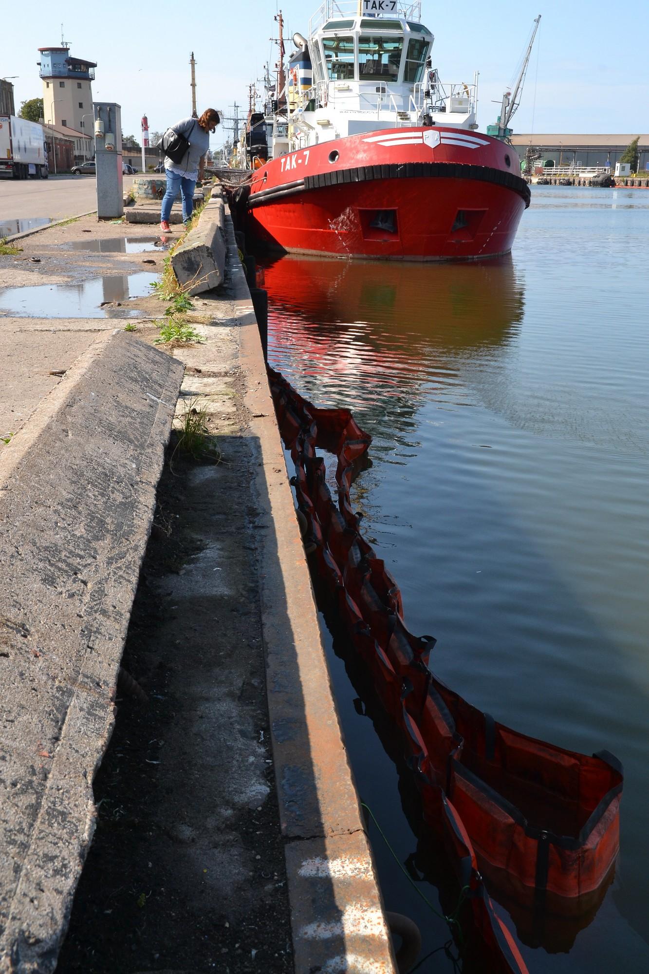 Izdevies novērst kanalizācijas notekūdeņu ieplūšanu Tirdzniecības kanālā