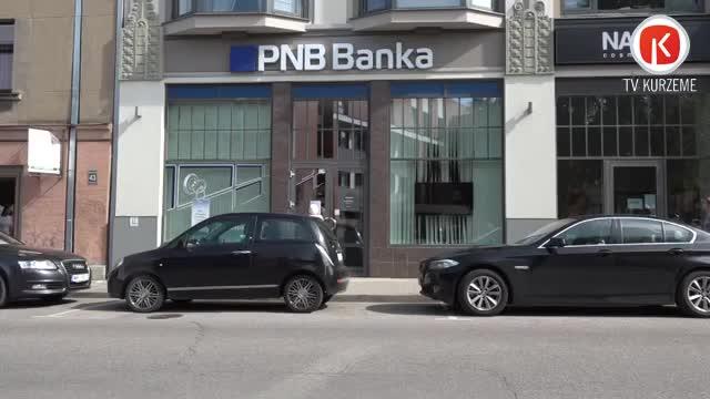 """""""airBaltic"""" pilotu akadēmijas studentiem """"PNB Bankas"""" kraha dēļ jāmeklē jauns kredītu devējs"""