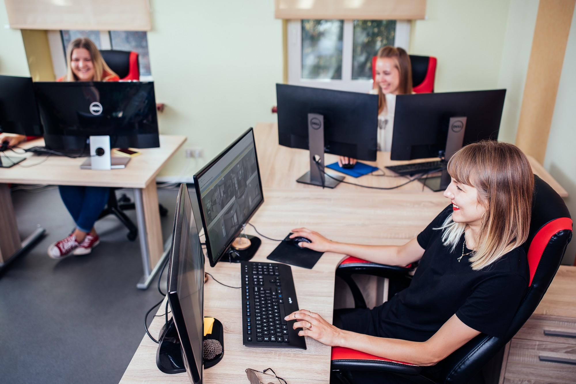 """Robotikas jaunuzņēmums """"Giraffe360"""" vēlas paplašināt datorgrafikas komandu"""