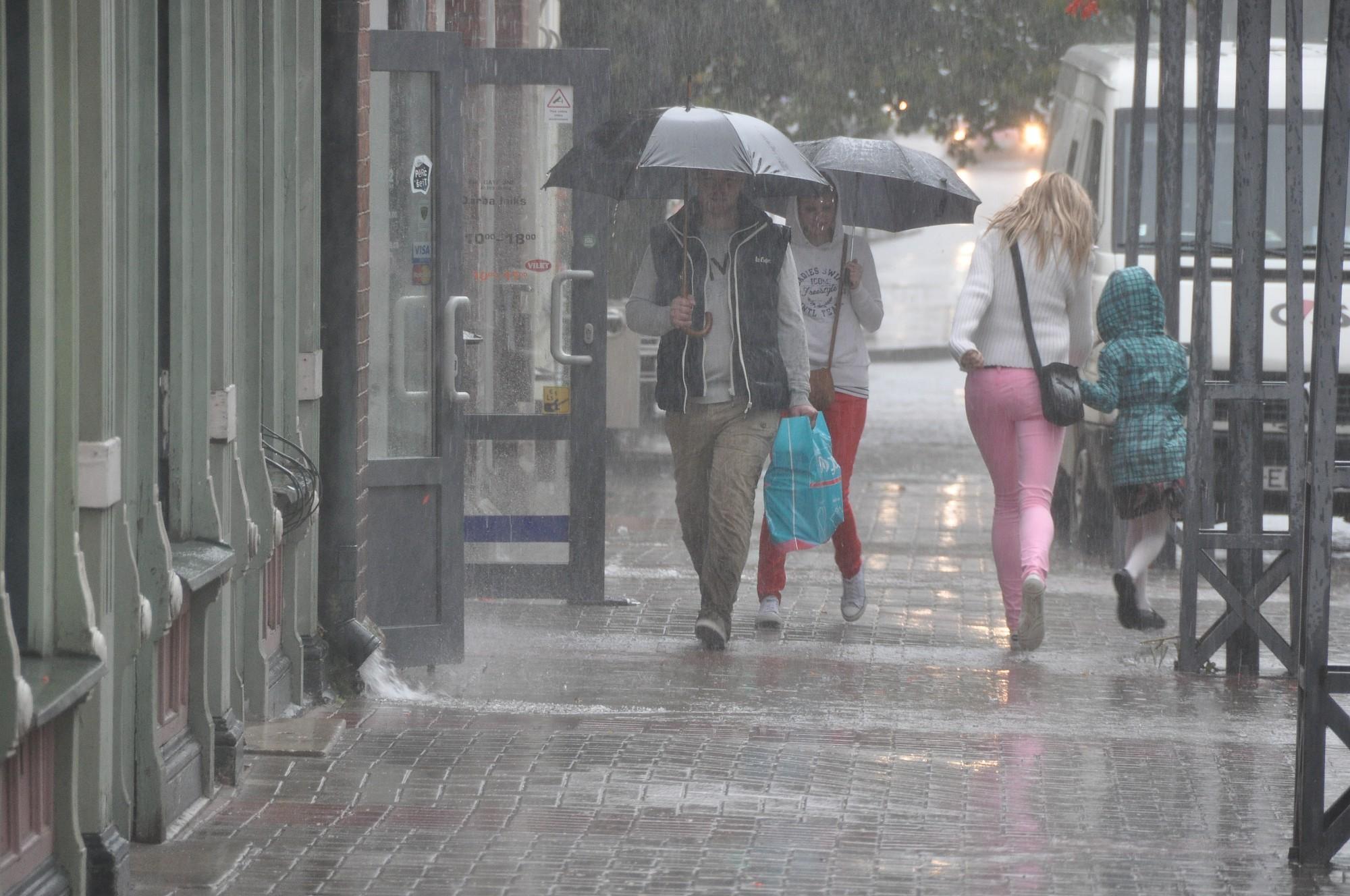 Liepājuveldzējis stiprākais lietus kopš pagājušā gada