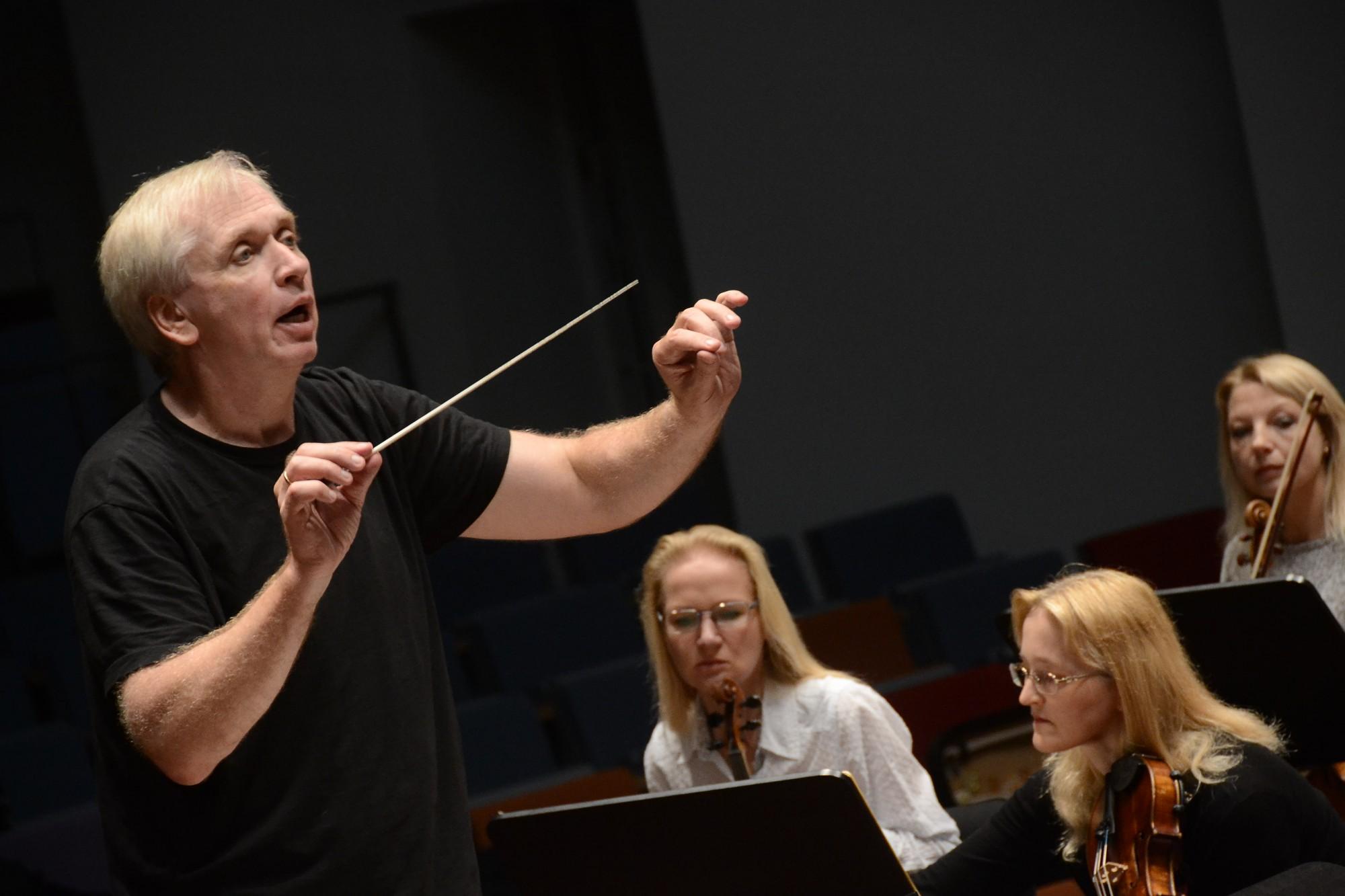 Liepājas Simfoniskais orķestris jauno sezonu sāk ar bažām par mūziķu algu apmēru