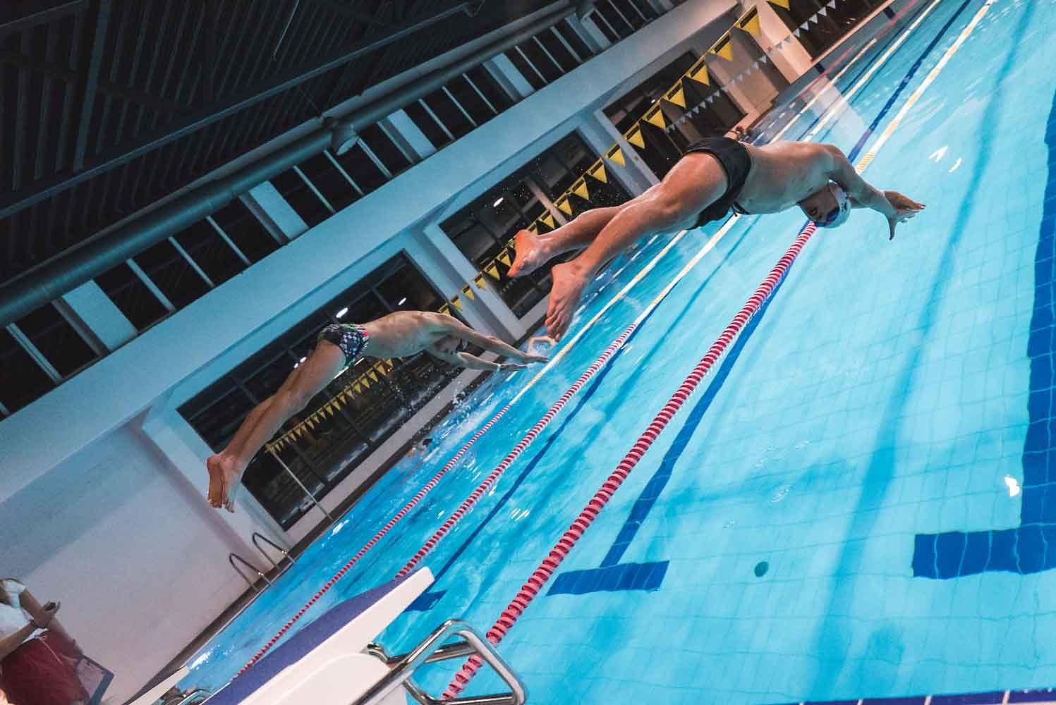 """""""Nakts peldējumā"""" centīsies uzstādīt stafetes peldējuma rekordu"""