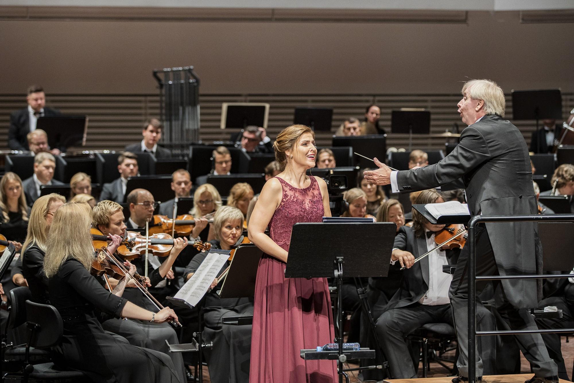 Ar lielkoncertu un Maijas Kovaļevskas CD atvēršanu Liepājas Simfoniskais orķestris atklāj 139.koncertsezonu