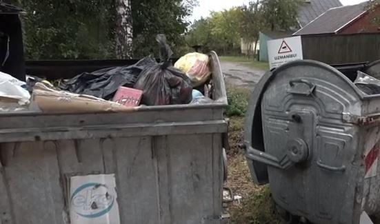 Šķēdes mazdārziņa īpašnieks negrib dzīvot blakus izgāztuvei