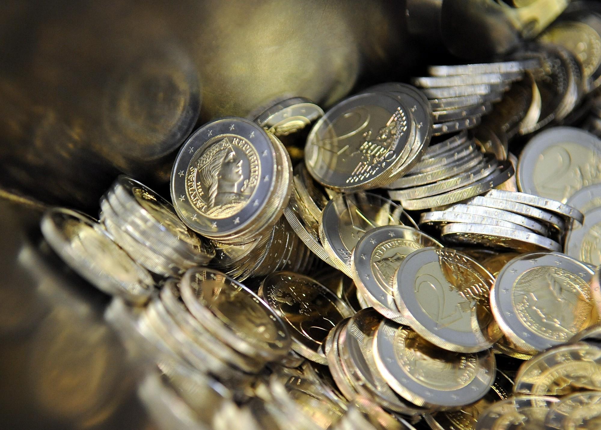 Valdība atbalsta nākamā gada budžetu, izdevumus prognozējot desmit miljardu eiro apmērā