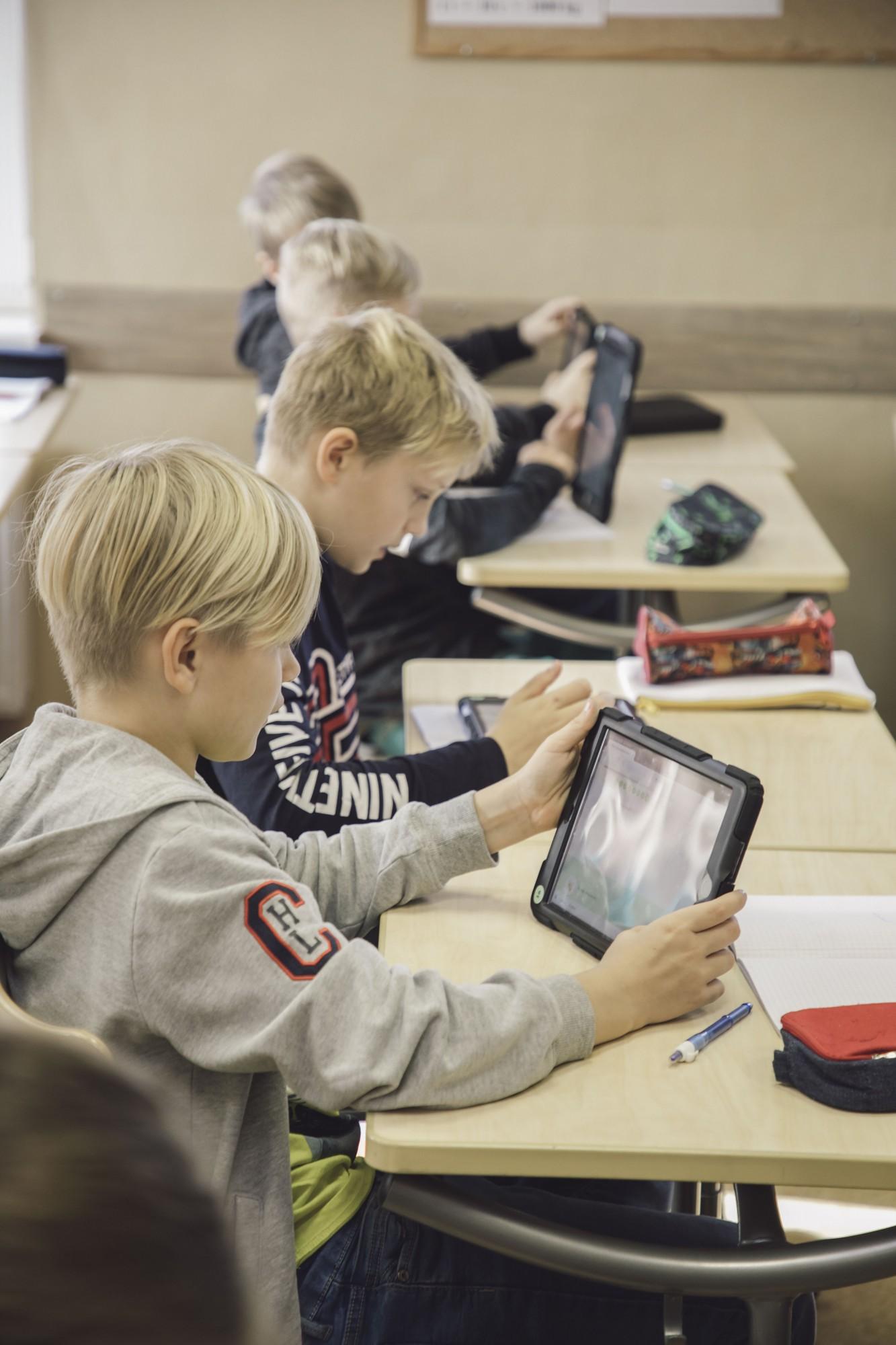 Liepājas skolās apgūst matemātiku ar digitālajām tehnoloģijām