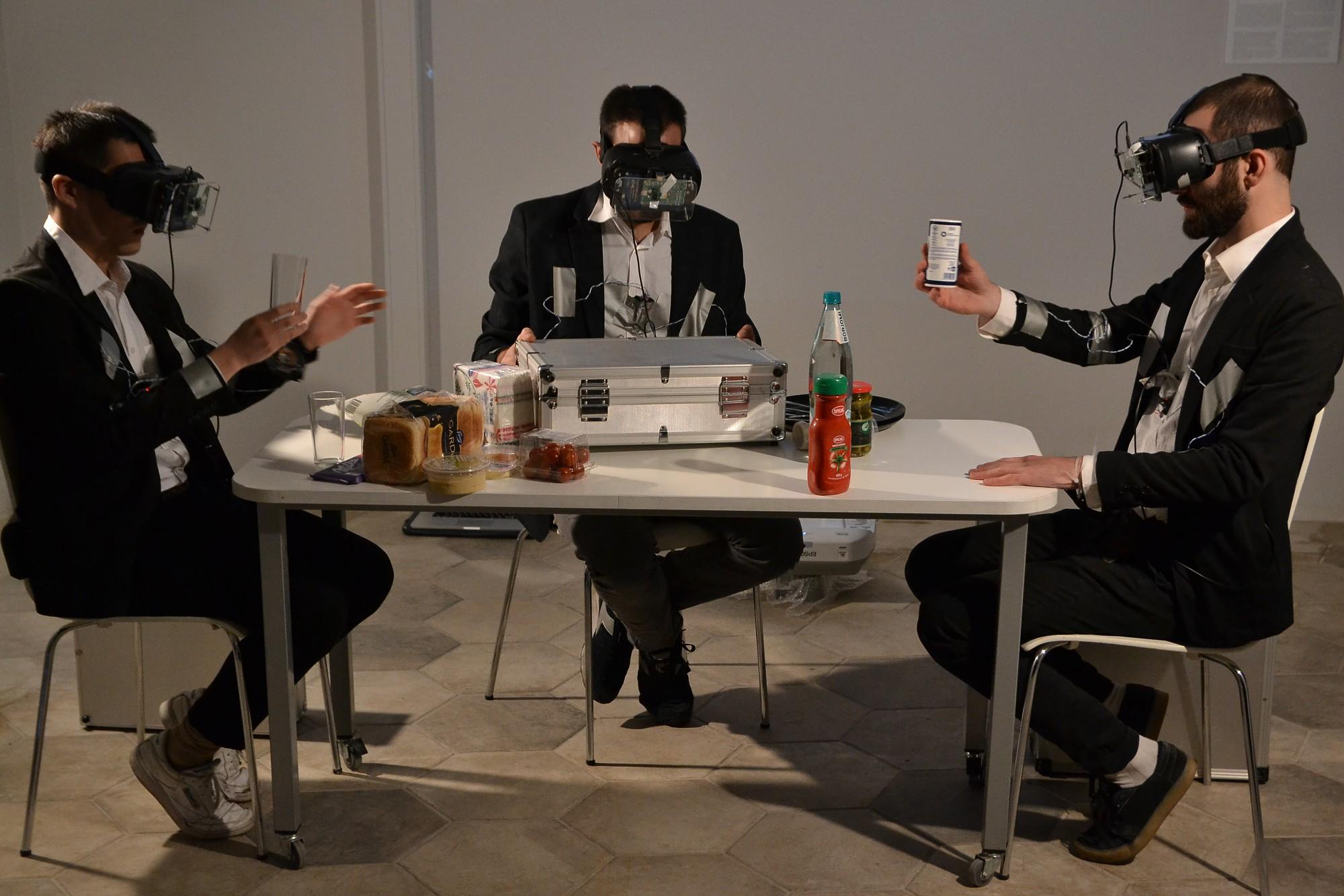 Starptautiskā digitālās mākslas izstādē pēta cilvēka, dabas un tehnoloģiju mijiedarbību