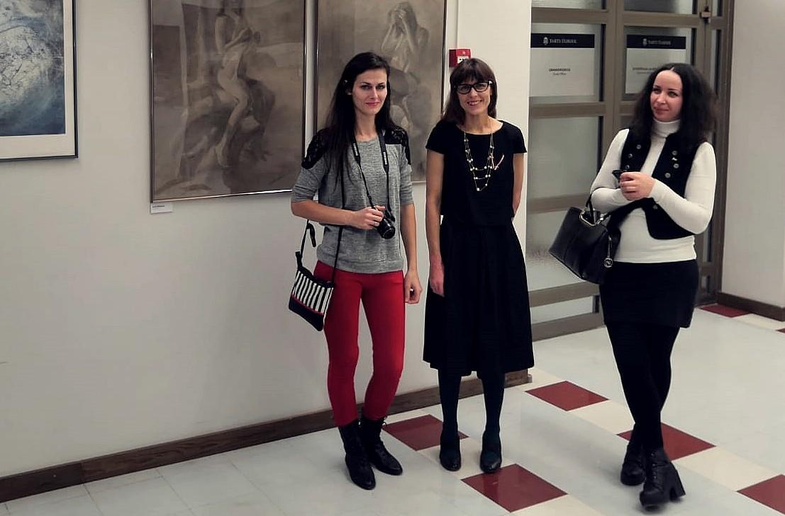 Tartu atklāta Liepājas mākslinieku izstāde, kas veltīta Latvijas neatkarības 101.gadskārtai