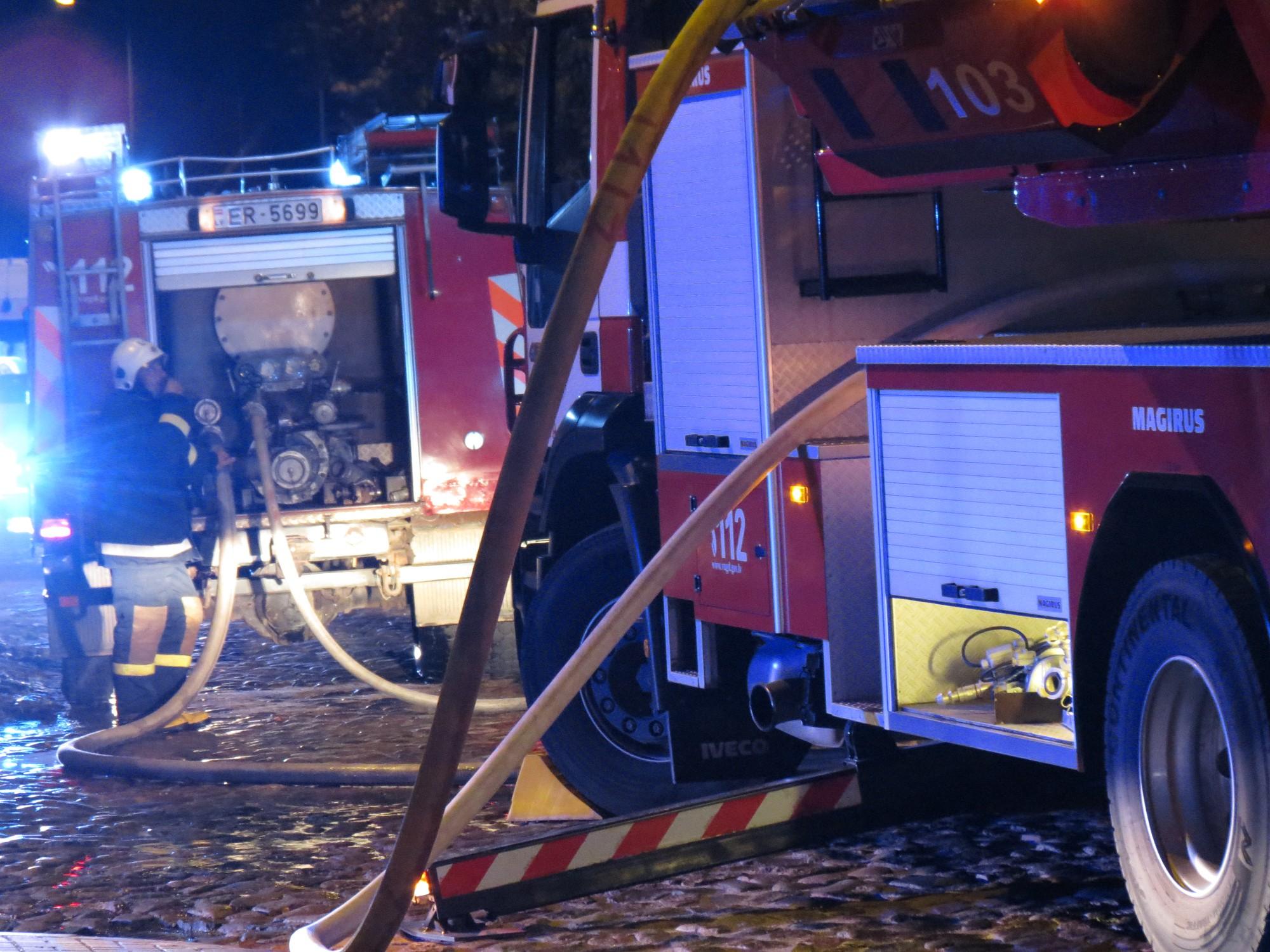 UgunsgrēkāLiepājāveco ļaužu namā cietis cilvēks, 54 evakuēti