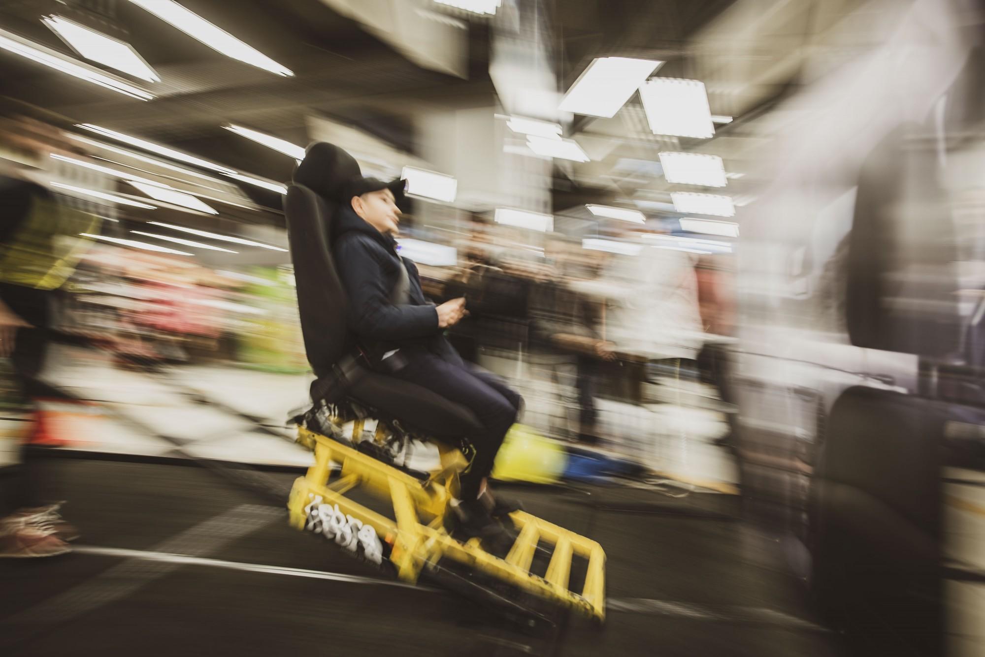Aptuveni 40% autovadītāji Latvijā ir pārvadājuši bērnu bez autosēdeklīša vai paliktņa