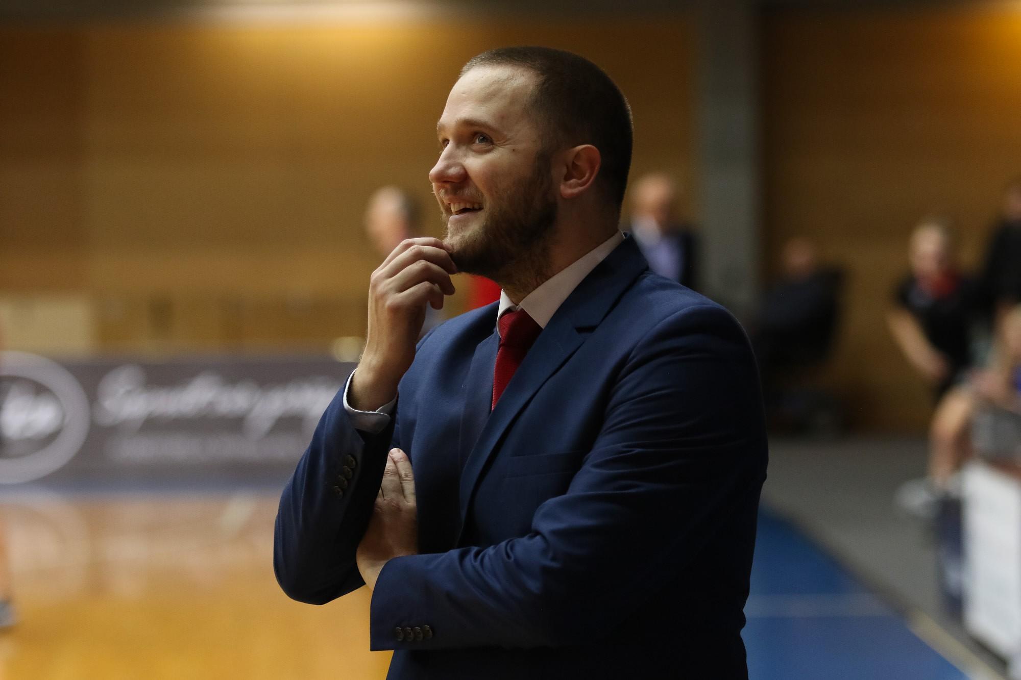 """Video: """"Liepāja""""/LSSS atvainojas par spēlētāju rupjību Eiropas Sieviešu basketbola līgas mačā"""
