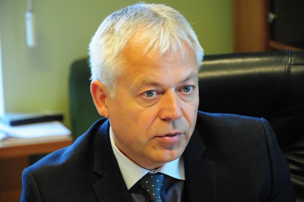 Uldis Sesks: Daļa Ventspils ostas kravu varētu aiziet uz Lietuvu