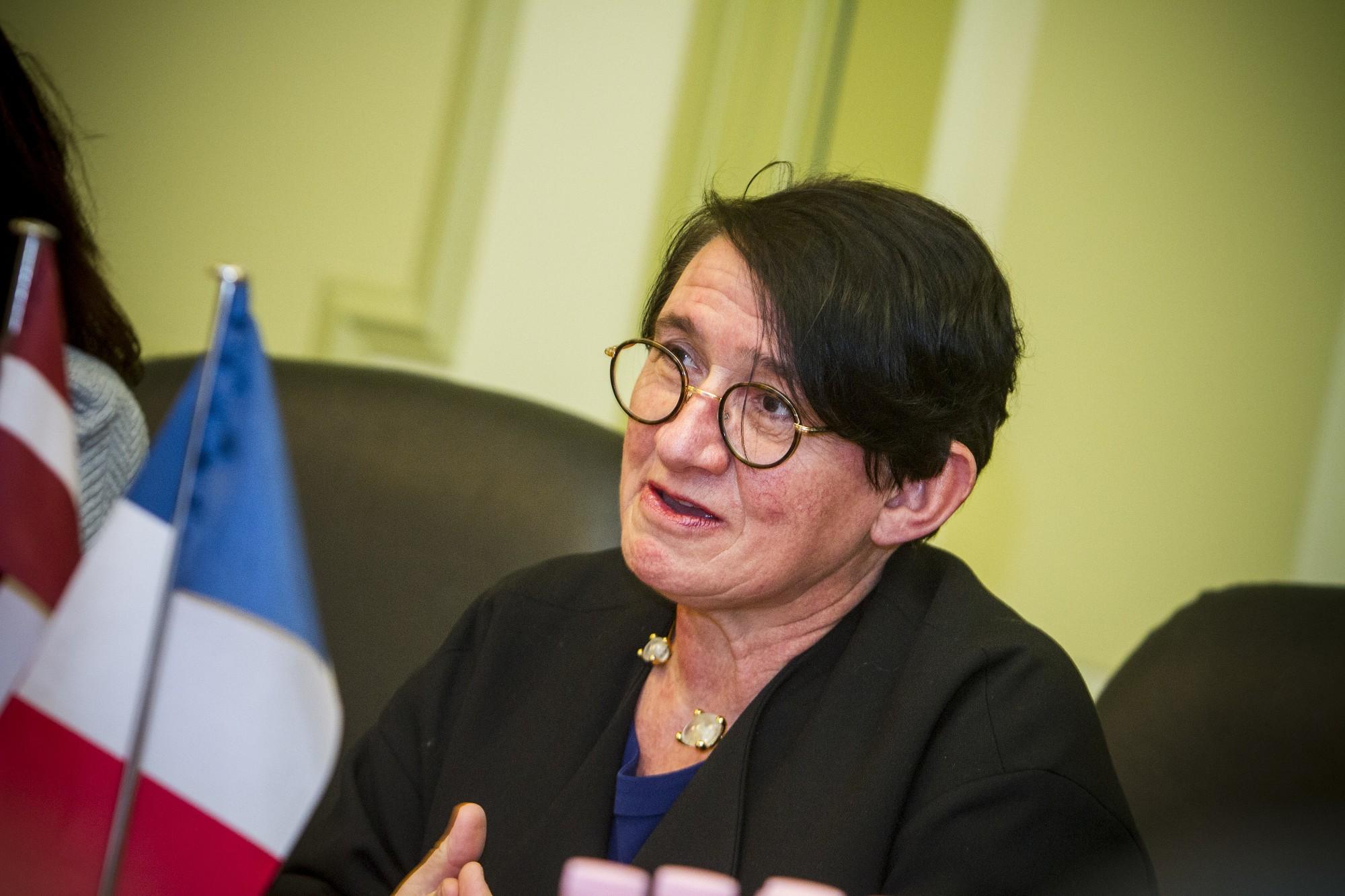 Liepāju darba vizītē apmeklē Francijas vēstniece Latvijā Odile Supizona