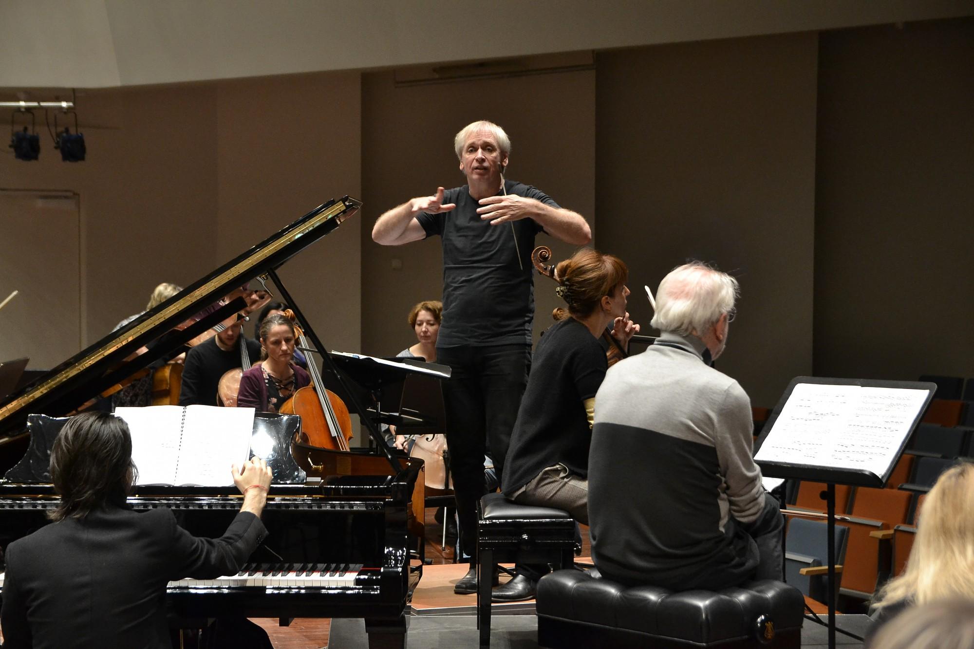 Mūzikā meklēs brīvības ceļus. LSO koncertā ar Gidonu Krēmeru ieskandinās 28. Zvaigžņu festivālu
