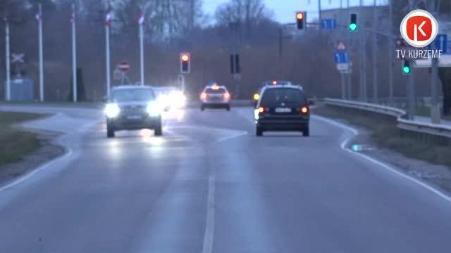 Ar nodilušām riepām satiksmē piedalīties vairs neļauj