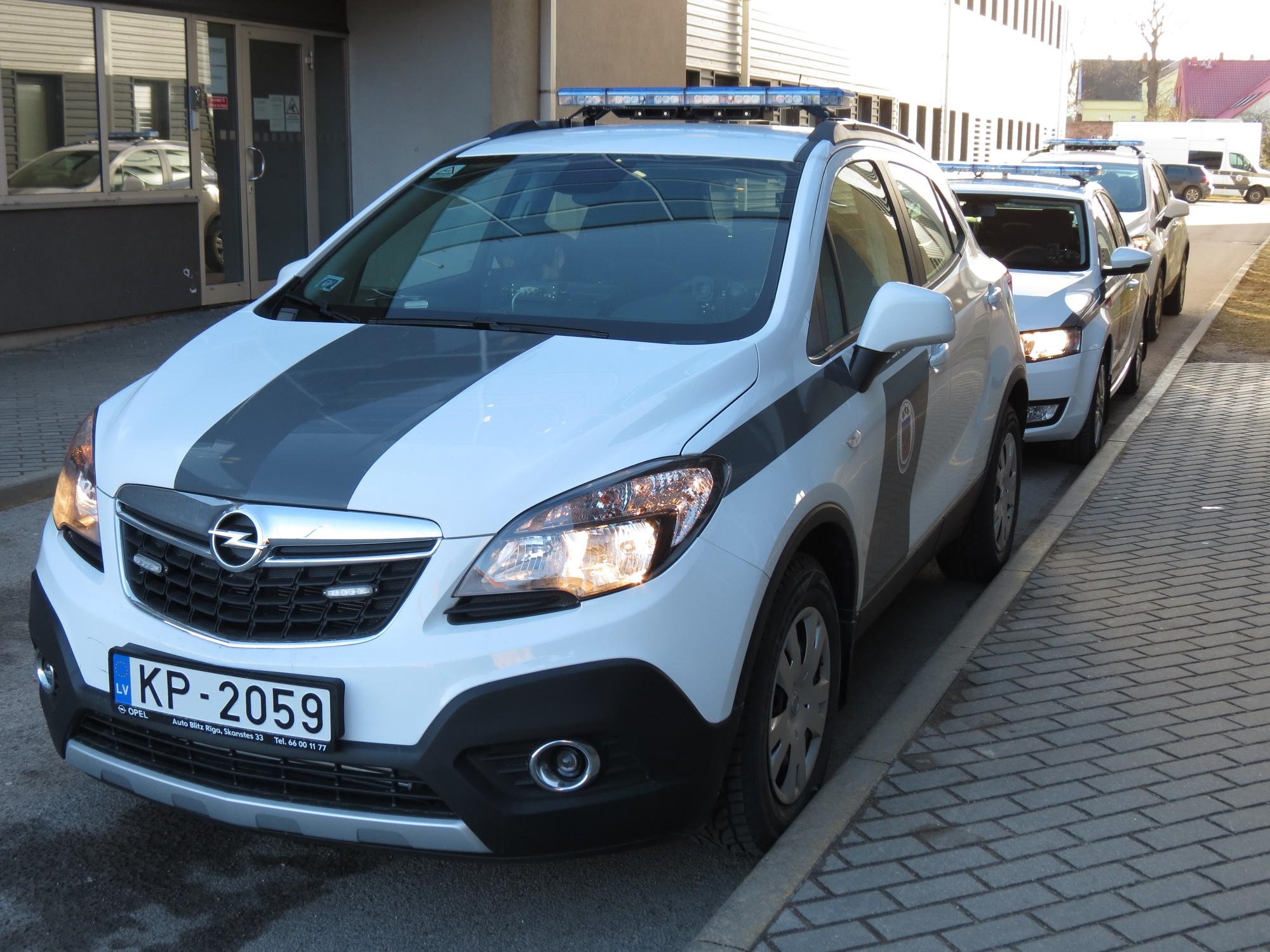 Policija meklē aculieciniekus sadursmei Liepājā