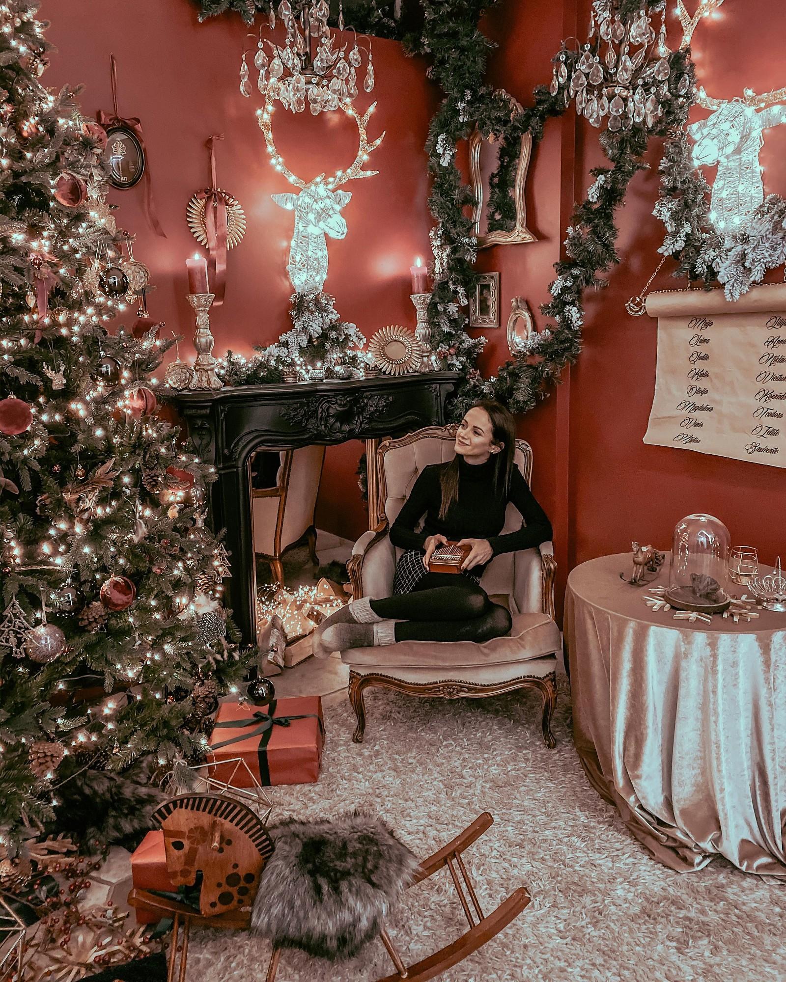 Marta Kauliņa un Roberts Dinters rada savu skanējumu pazīstamajai Ziemassvētku dziesmai par mazo bundzinieku