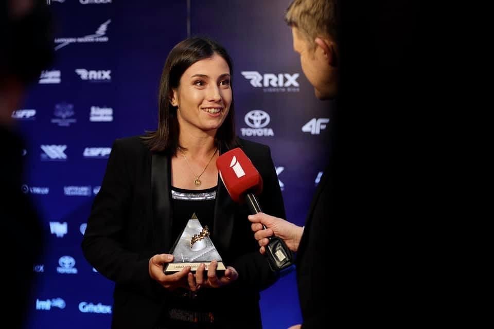 Anastasija Sevastova iegūst Latvijas gada balvu sportā