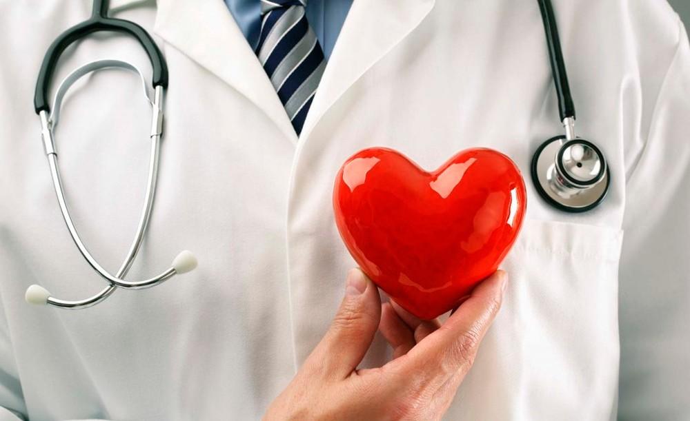 Astoņas pazīmes, kā pamanīt infarktu