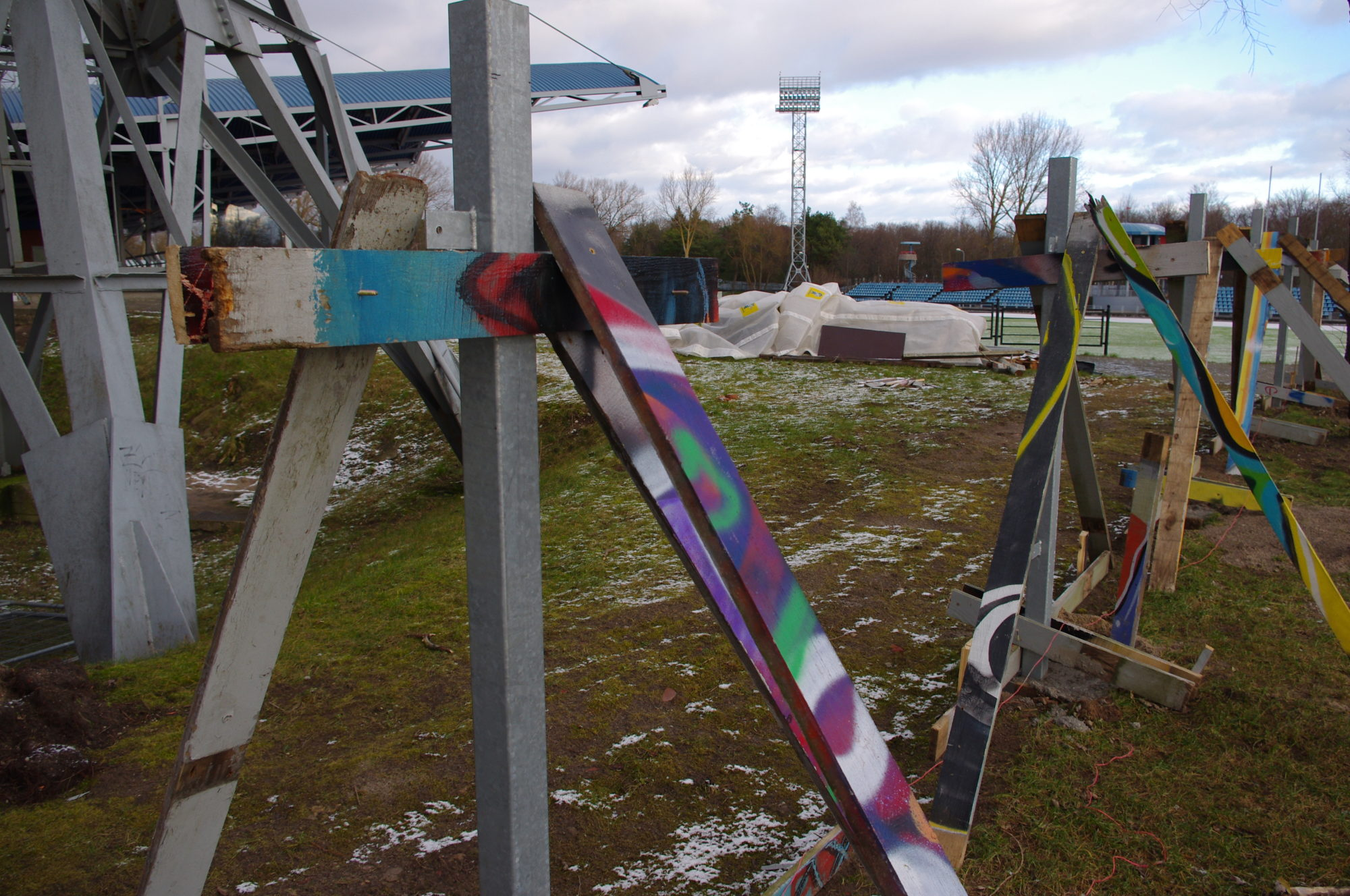 "Nomaina kritiskāko stadiona ""Daugava"" žogu"